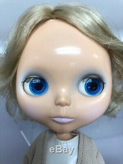 11 Vintage Hasbro Repro hollywood neo Blythe BL 2001 With 5 Outfits Big Eyes