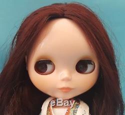 2006 Neo BOHEMIAN PEACE BLYTHE DOLL Original Outift Dark Auburn Hair Tomy Takara