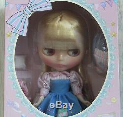 CWC Exclusive Neo Blythe Doll Junie Moon Home Sweet Home Takara Hasbro US New