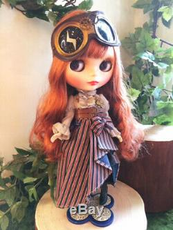 Hasbro Exclusive Takara Tomy Neo Blythe Sherry Victorian