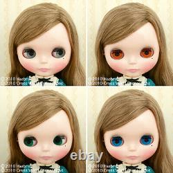 Hasbro Takara CWC Neo Blythe doll Very Vicky