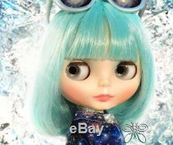 In Stock Now! NRFB Neo Blythe Doll UFO A Go Go Takara Tomy Limited doll