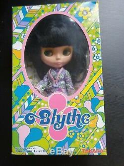 Lounging Lovely Neo Blythe Doll