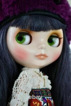 Neo Blythe Adores Anna Doll Takara Anna Sui x Blythe purple leg stains USED