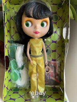 Neo Blythe Doll All Gold In One Goldie withBox & Complete Stock US Seller