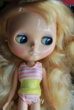 Neo Blythe Doll Stock Silver Snow