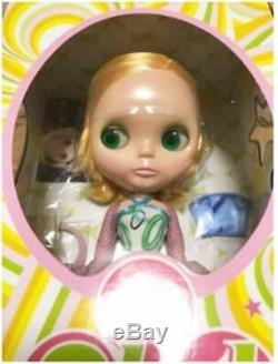 Neo Blythe Fruit Punch NEW Takara Tomy Doll Figure New EBL-12 F/S Japan