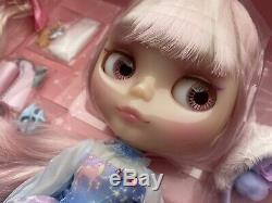 Neo Blythe Unicorn Maiden 17th Anniversary Doll gently used US Seller