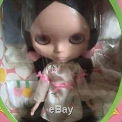 Neo Blythe Very Cherry Berry Fashion Doll Takara Tomy From Japan NEW
