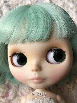 Nude Blythe Neo Blythe UFO A Go Go Takara Tomy