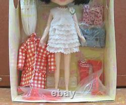 TAKARA TOMY Neo Blythe Shop Limited Rainy day parade Fashion Doll From Japan
