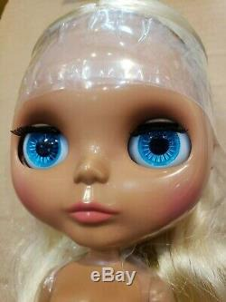 Takara Hasbro CWC Neo Blythe doll Asha Alvira NUDE DOLL ONLY