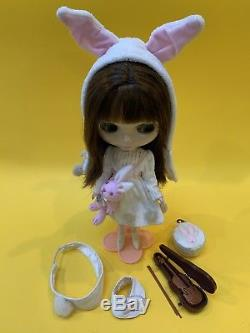 Takara Neo 12 Blythe Doll Velvet Minuet