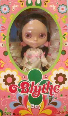 Takara Neo Blythe Cherry Berry
