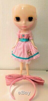 Takara Neo Blythe Doll Junie Moonie Cutie with Partial Outfit without Scalp