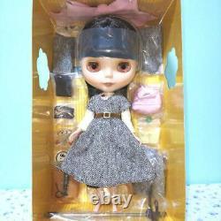 Takara Tomy CWC ToysRus Exclusive Neo Blythe Tweedly Do 12 1/6 Doll Free Ship