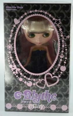Takara Tomy Neo 12 Blythe Doll Kiss Me True New