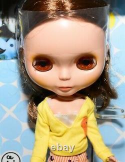 Takara Tomy Neo BLYTHE Birdie Blue TRU 2004 SBL Outfit EBL Doll Hasbro