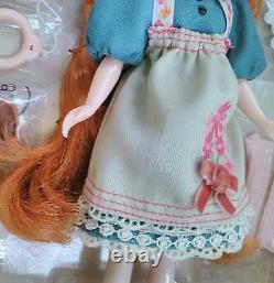 Takara Tomy Neo Blythe Dear LeLe Girl Doll CWC Limited Edition Figure From Japan
