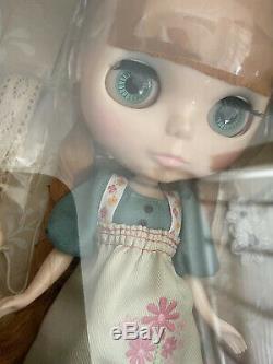 Takara Tomy Neo Blythe Dear LeLe Girl Doll CWC Limited From Japan New RBL