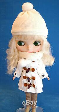 Takara Tomy Neo Blythe Doll, Superior Skating