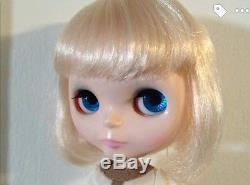 Takara Tomy Neo Blythe Simply Vanilla Doll