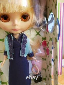 Takara Tomy Neo Blythe Sundays Berry Best with BOX