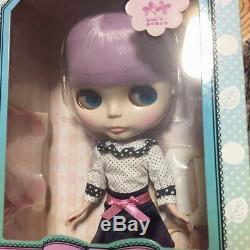 Takara tomy Neo Blythe doll simply lilac